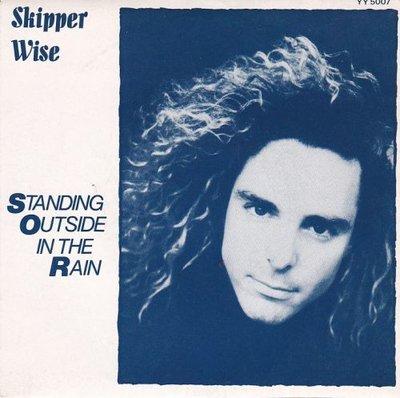 Skipper Wise - Standing outside in the rain + I keep running away (Vinylsingle)